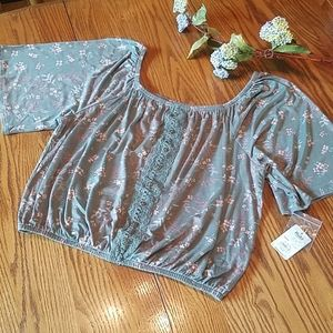 NWT Mudd floral top
